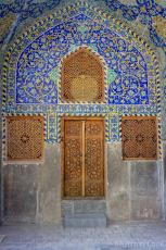 isfahan imam mosque door